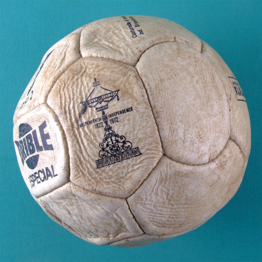 SOCCER BALL DRIBLE ESPECIAL COPA RIO 1952 - OFICIAL CBF & FIFA - MYTH OF BRAZILIAN BRAZIL