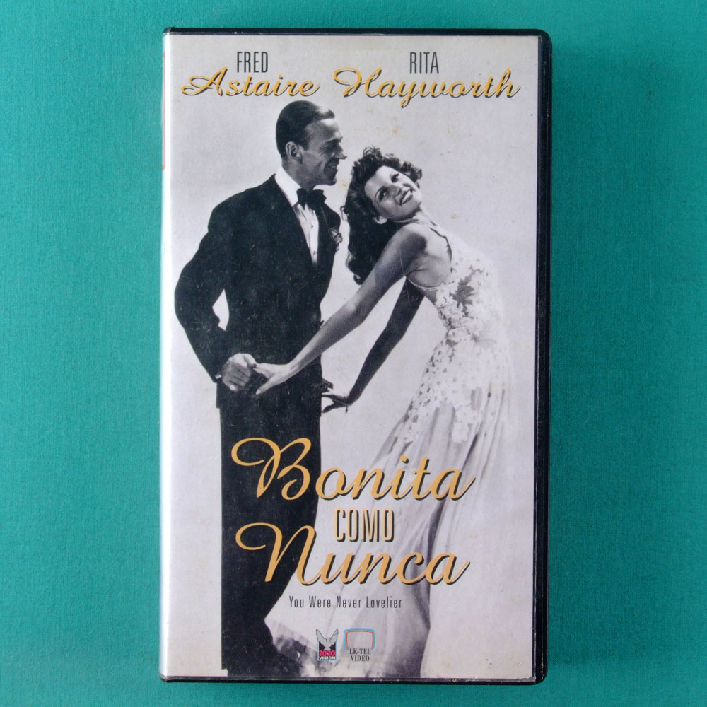 VHS WILLIAM A. SEITER BONITA COMO NUNCA 1942 FRED ASTAIRE RITA MAYWORTH BRASIL